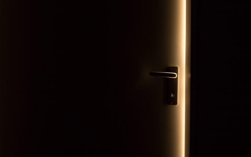 elandmeubelen deurdranger